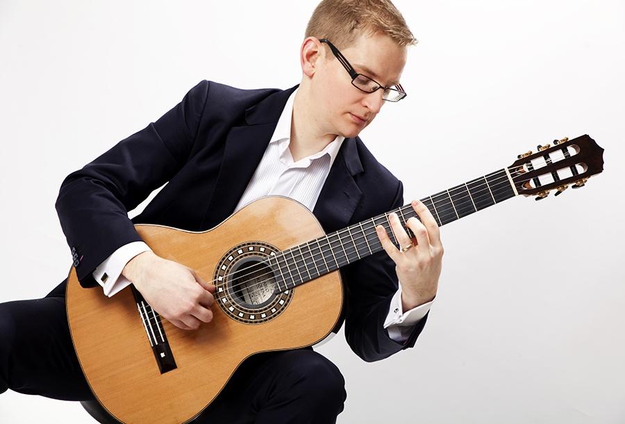 Promo Luke Classical Guitar Classical Guitarist Hertfordshire