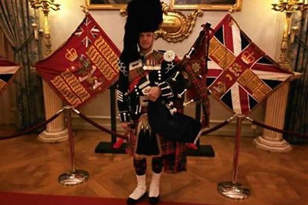 Promo Pipe Major Mark Piper Staffordshire