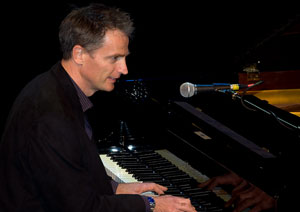 Promo Simon James Pianist Cornwall