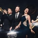 Promo Roxies Retro Jukebox Vintage Jazz Covers of Pop Songs London