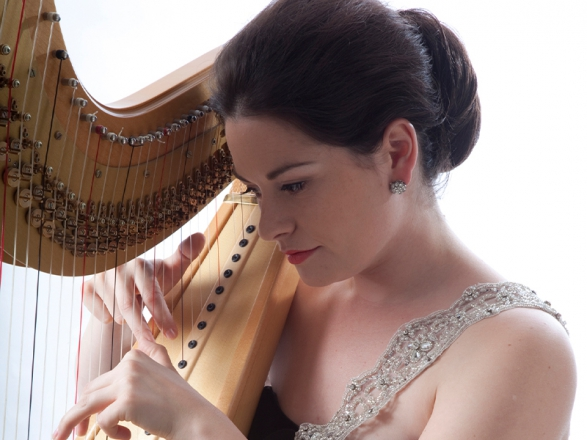 Promo The Singing Harpist Harpist Derbyshire