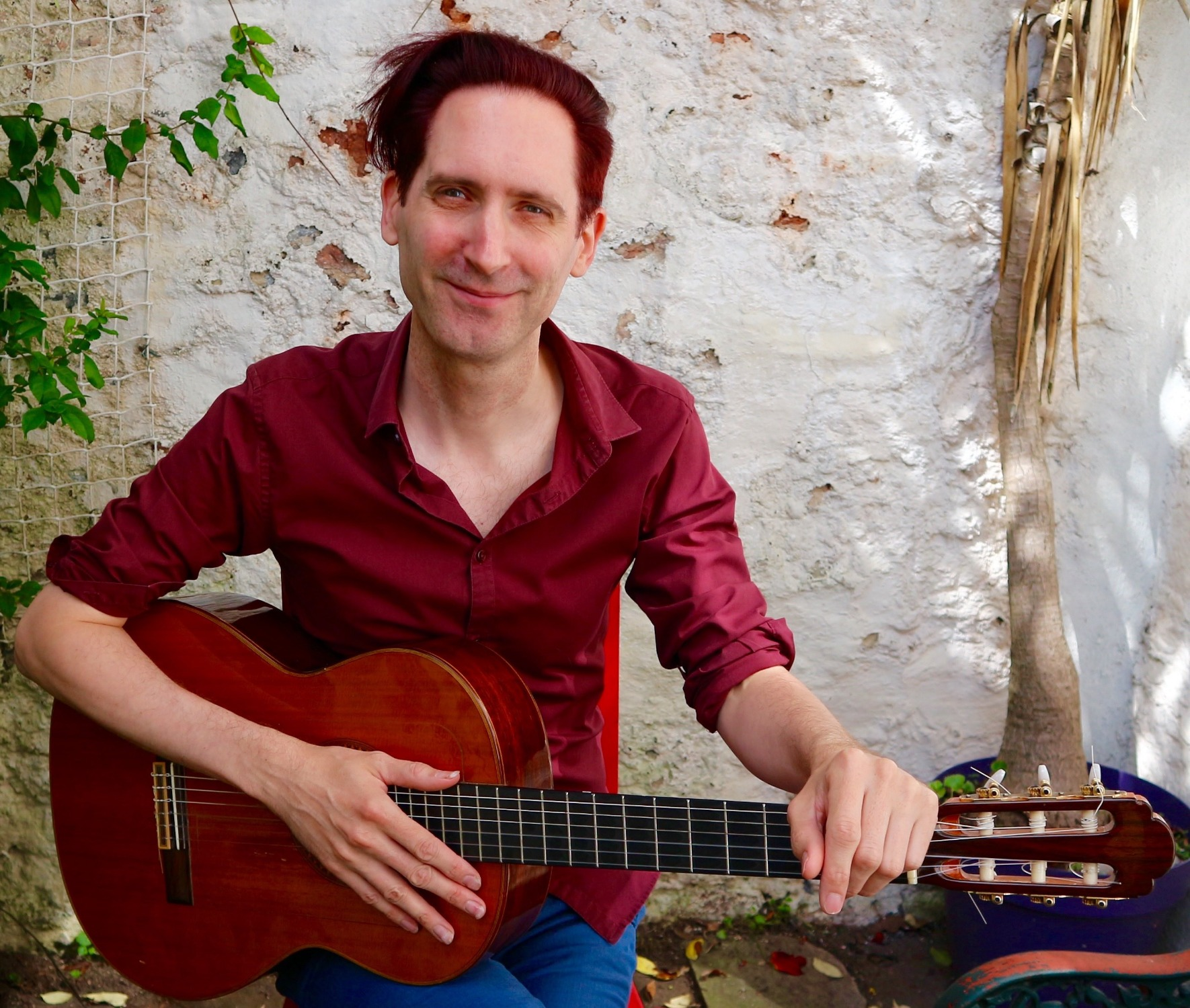 Promo Chris Bourne Classical Guitarist Bristol