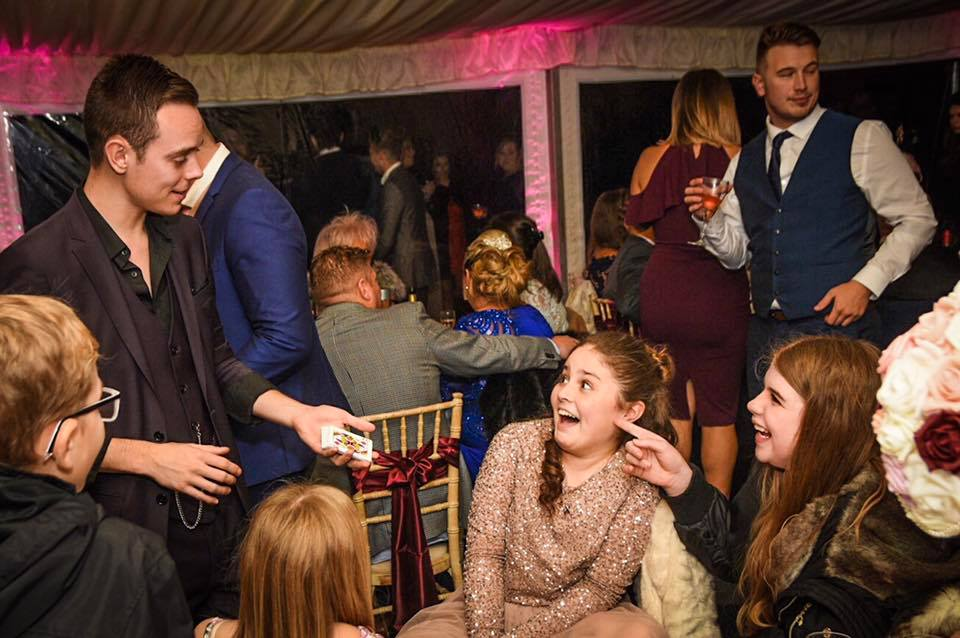 Promo Close Up Magician Jamie Magician Northamptonshire