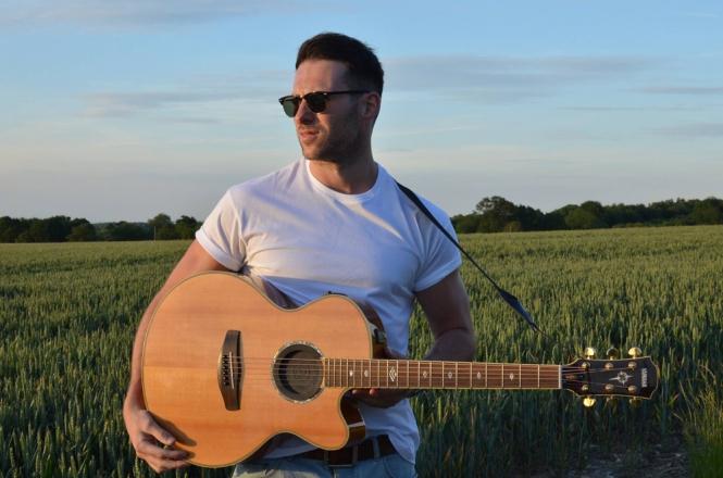 Promo Stephen Cornwell Singer Guitarist Kent
