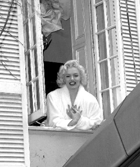 Promo Marilyn Monroe  (Suzie Kennedy)  London