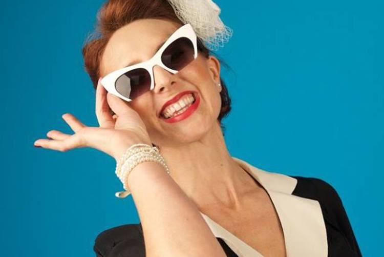 Promo Swing Vixen Solo Vintage Swing Singer Buckinghamshire