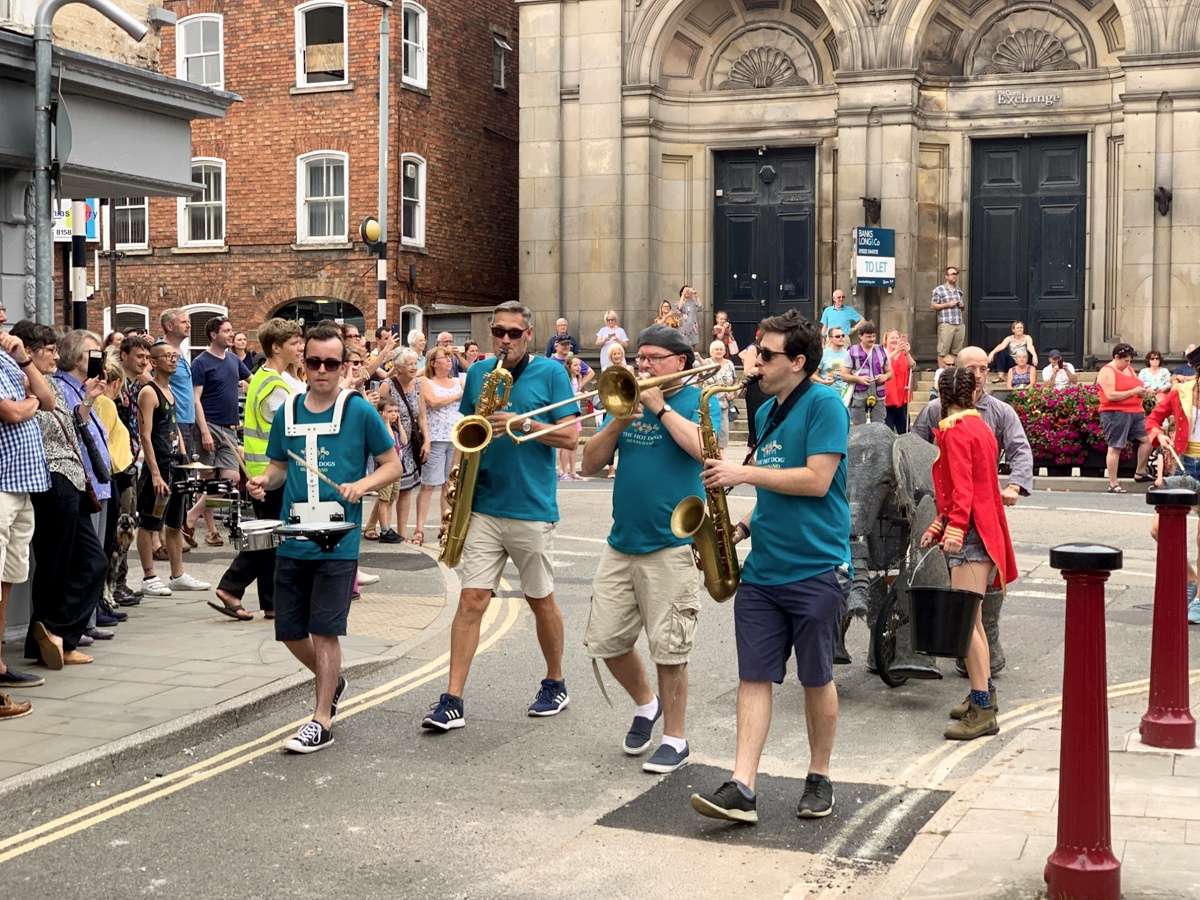 Promo The Hot Horns Brass Band Nottinghamshire