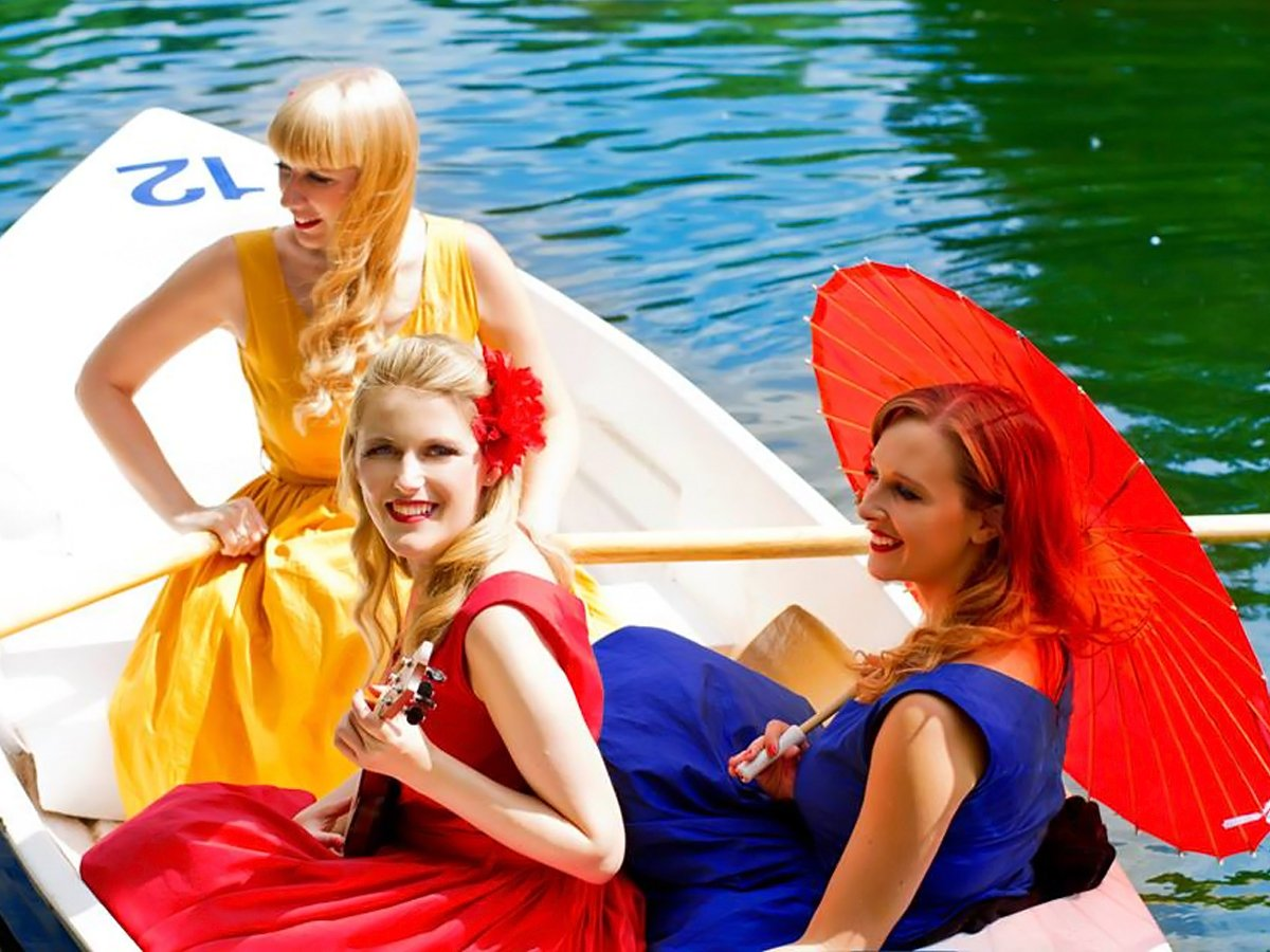 Promo The Rose Sisters Acapella group London