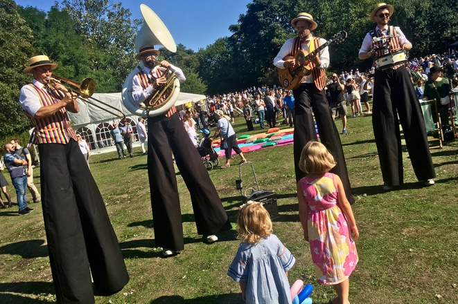 Promo The Ten Foot Troubadours Stilt Walking Band East Sussex