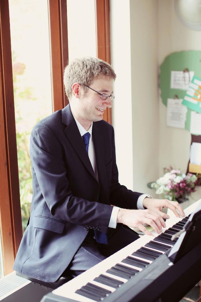 Promo Tom K Pianist Hampshire