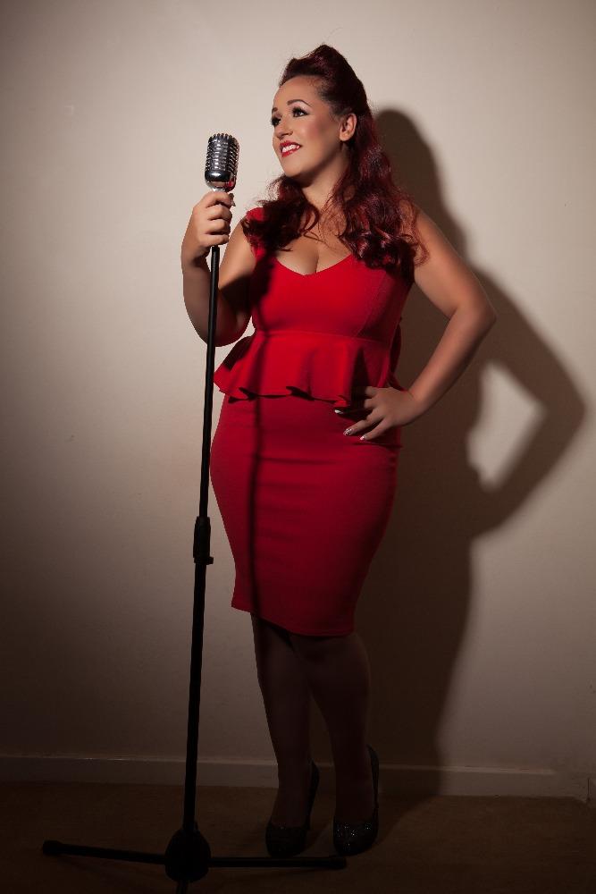 Promo Holly J Solo Artist, Duo or Trio Warwickshire