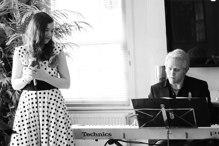 Promo Vintage Jazz Duo Vintage Jazz Duo Buckinghamshire