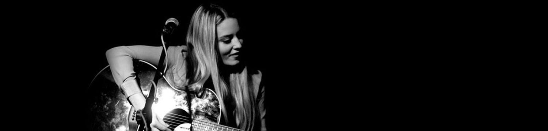 acoustic abi solo singer guitarist west midlands