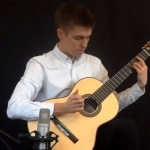 Video Alex Annand Classical Guitarist London