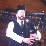Video Britains South East Bagpiper  London