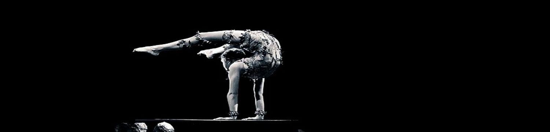 contortionist claudia contort essex
