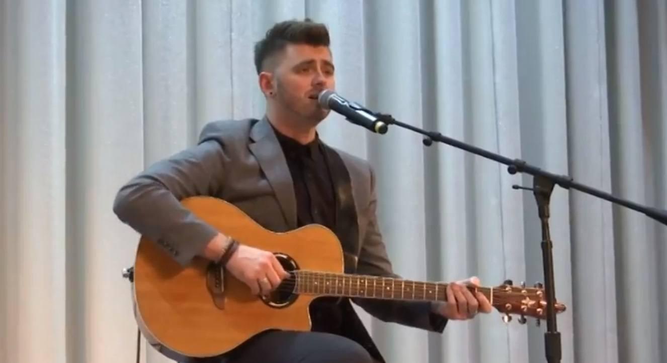 Dylan Dale | Solo Singer/ Guitarist Greater Manchester | Alive Network