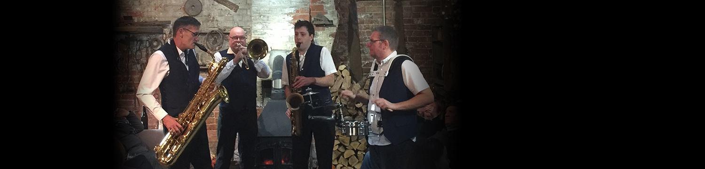 the hot horns brass band nottinghamshire