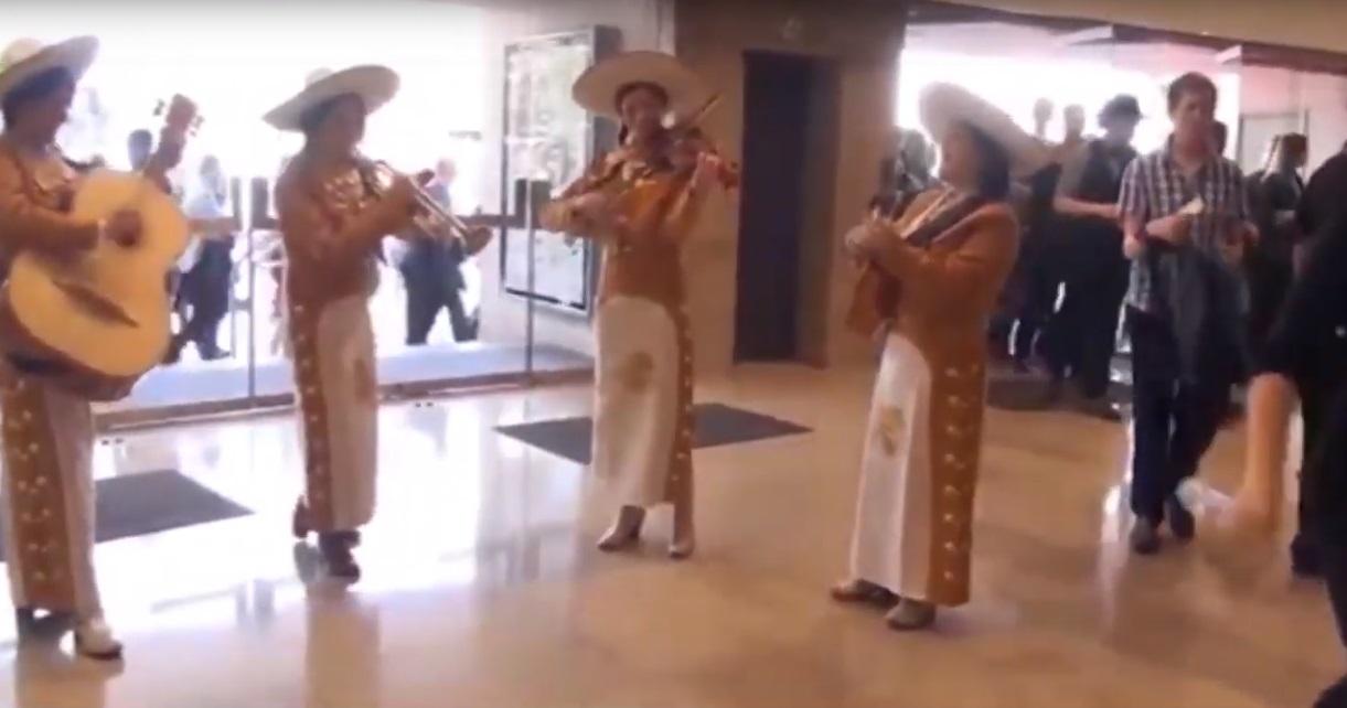 Video Mariachi Las Marietas  London