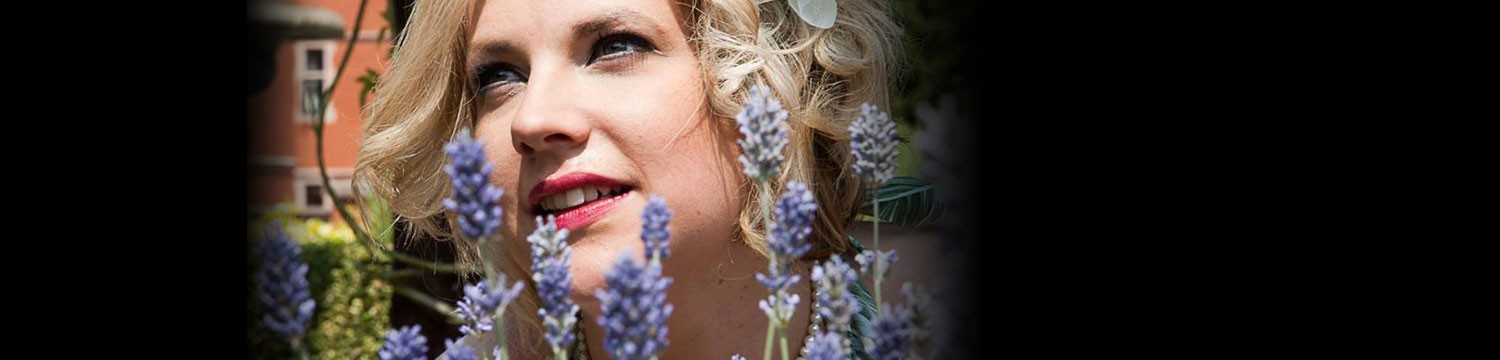 Miss Kate Solo Jazz Singer Staffordshire Alive Network