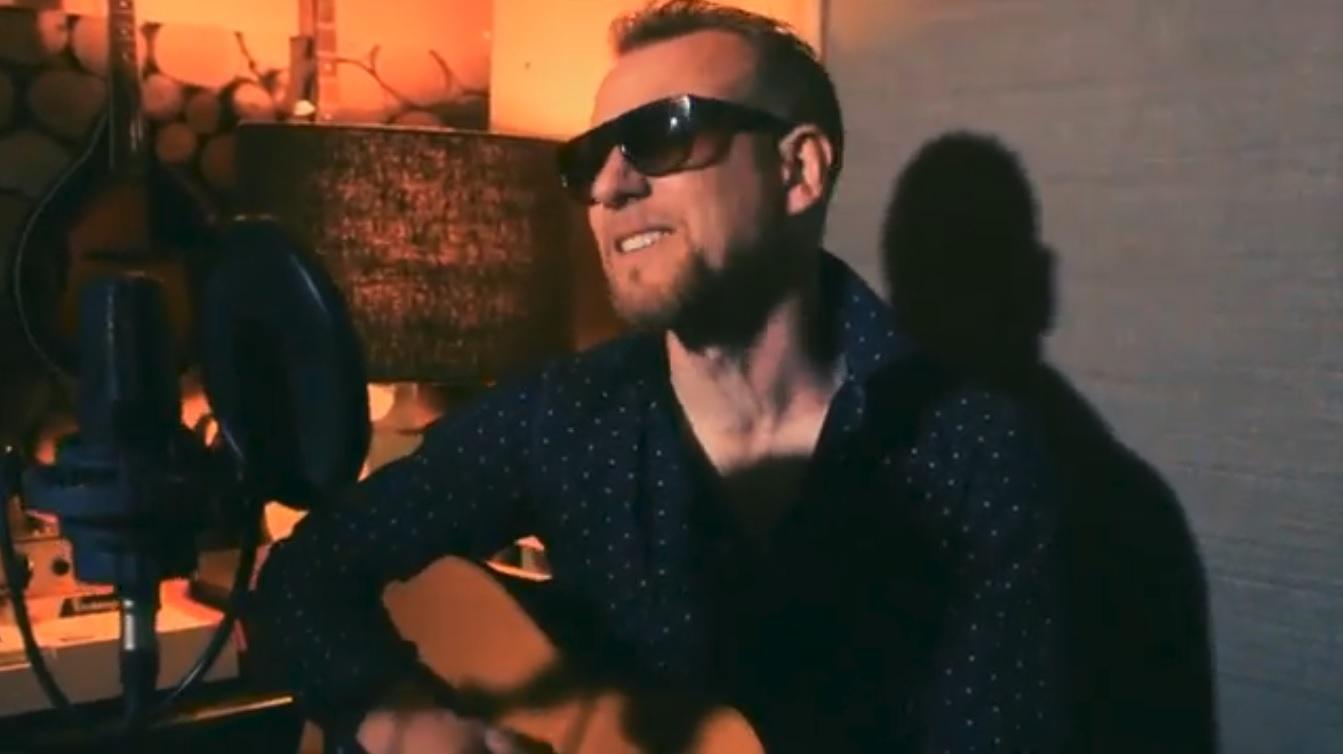 Video Scott R Singer Guitarist Staffordshire