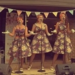 Video S.O.S (Sirens of Swing) Vintage Vocal Trio Devon
